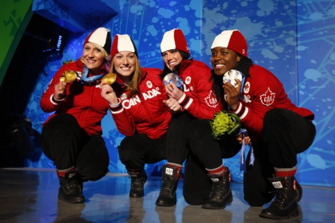 Shelley-Ann Brown, Helen Upperton, Kaillie Humphries & Heather Moyse (Vancouver 2010)