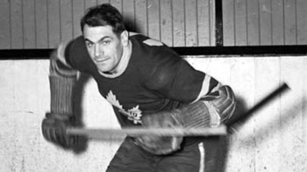 Syl Apps playing for the Toronto Maple Leafs
