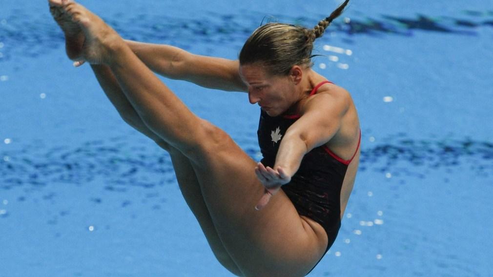 Emilie Heymans diving