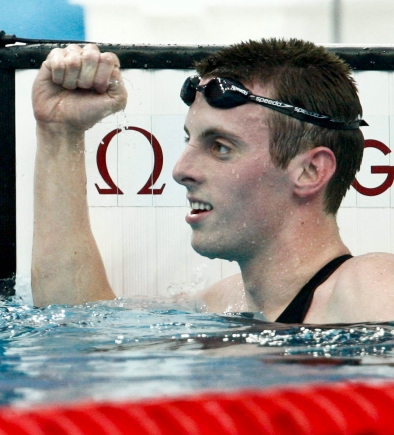 Ryan Cochrane celebrates after taking the bronze medal in the men's 1500-metre freestyle at the Beijing 2008 Summer Olympics (Paul Chiasson)