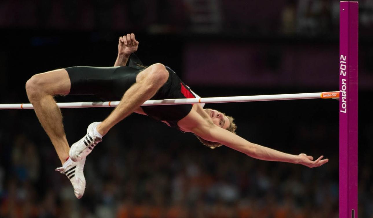 Derek Drouin mid high jump