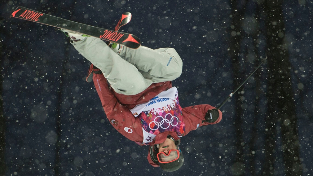 Mike Riddle wins ski halfpipe silver at Extreme Park