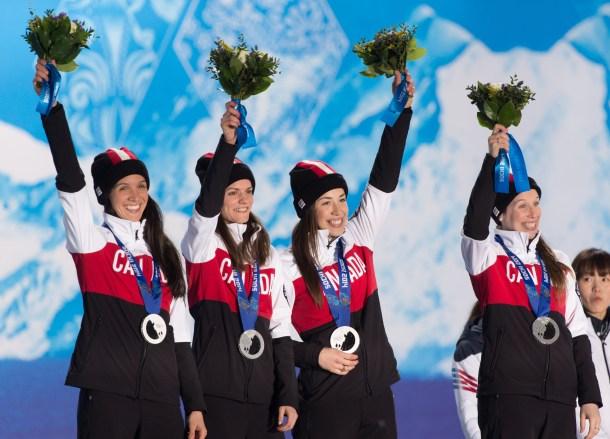 3000m short track speed skating medal ceremony