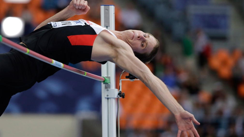 Drouin sets record, joins exclusive 2.40 m high jump club