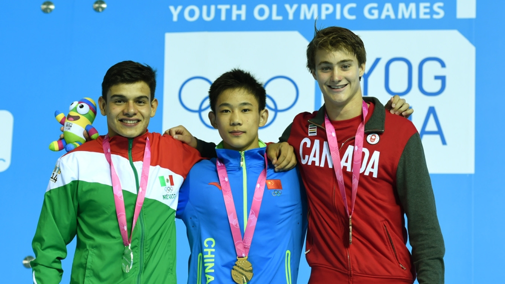 Nanjing 2014: Diver Philippe Gagné and archer Eric Peters win bronze