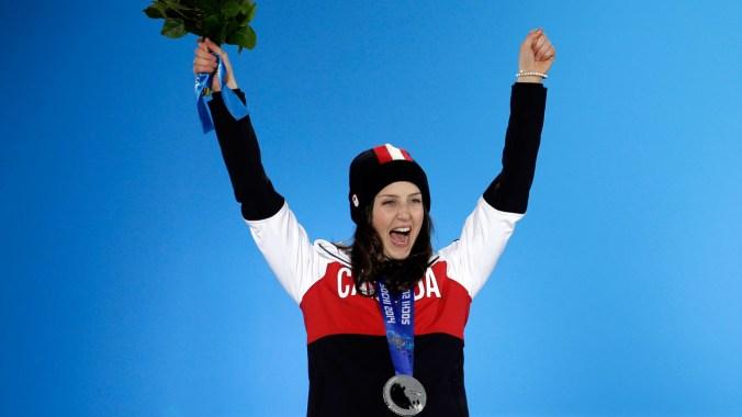 Kelsey Serwa celebrates her silver medal (Photo: CP)