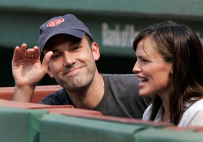 Ben Affleck and Jennifer Garner sitting beside the home team dugout at a Red Sox game. Photo: CP