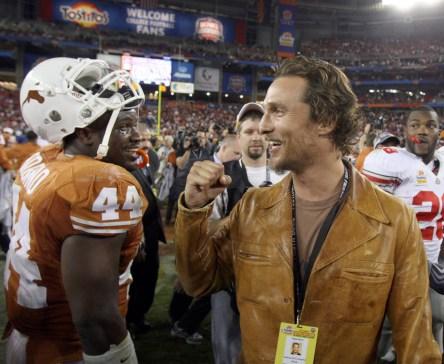 McConaughey celebrates the Longhorns' 2009 Fiesta Bowl win with linebacker Rashad Bobino. Photo: CP