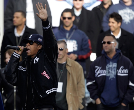Jay-Z performs during the parade to celebrate the Yankees' 2009 World Series win. Photo: CP