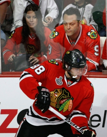 Vince Vaughn and his wife Kyla Weber are regulars at Blackhawk games. Photo: CP