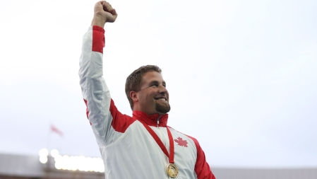 Jim Steacy joined Sultana Frizell in making it a men's & women's hammer throw double gold for Canada in Glasgow.