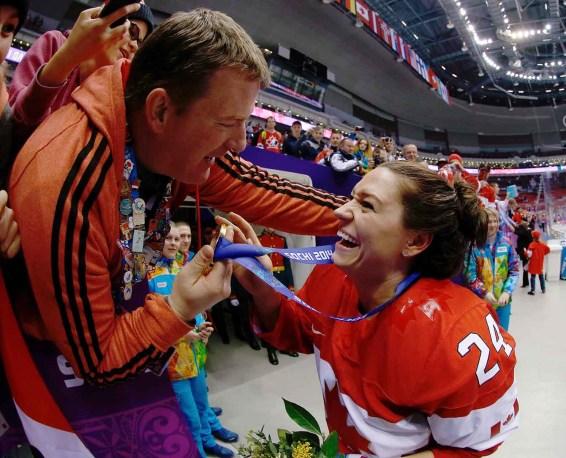 Natalie Spooner (Sochi)
