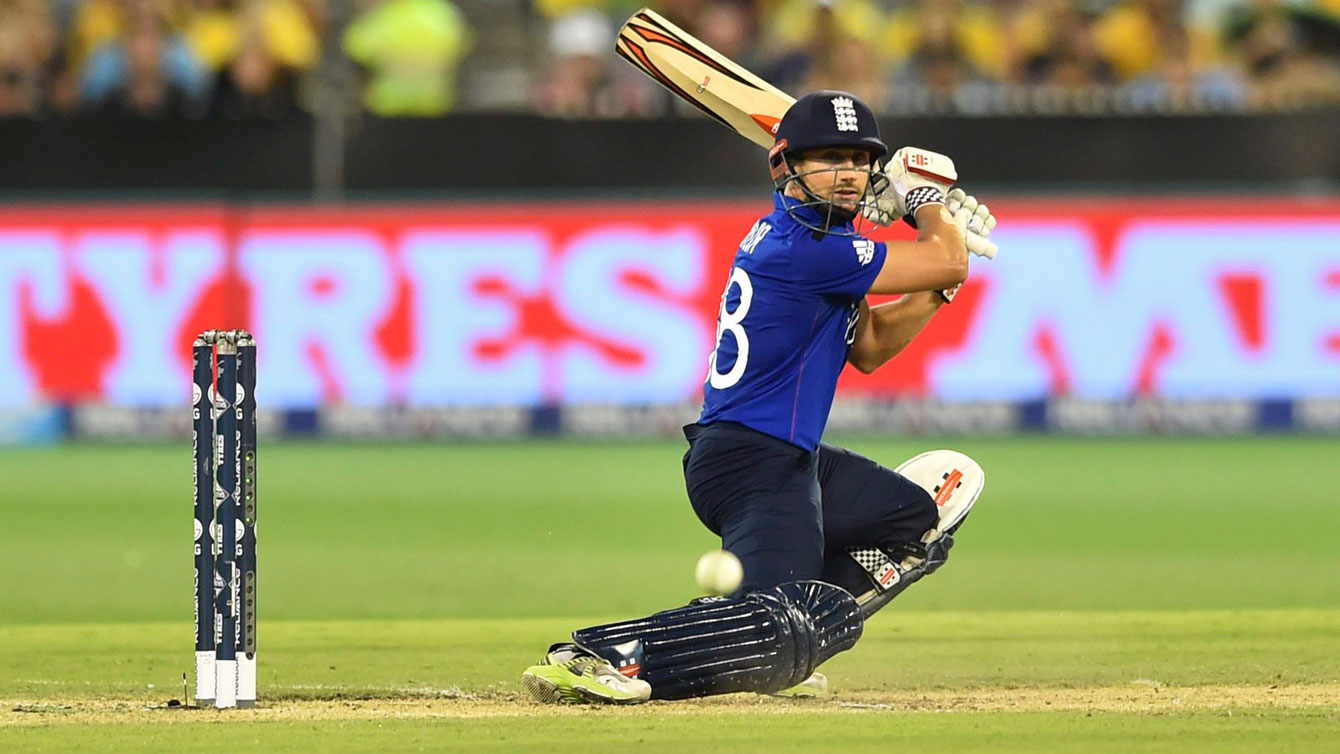 England's James Taylor hooks a shot against host Australia at the 2015 Cricket World Cup.