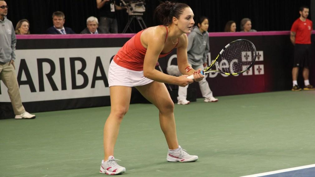Gabriela Dabrowski prepares to return