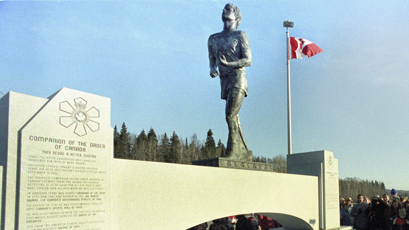 This memorial to Terry Fox stands near Thunder Bay, Ontario, close to where Fox had to stop after covering 5,373 kilometres over 143 days.