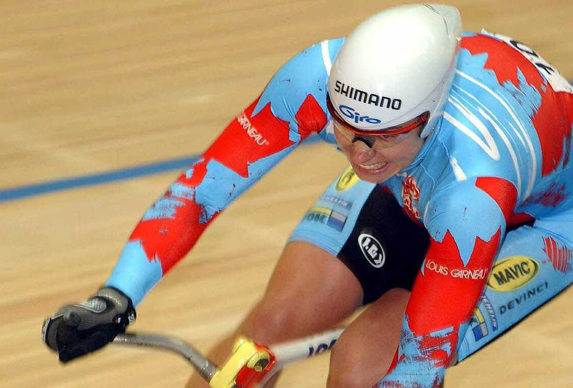 Canada's Lori-Ann Muenzer  during the Track World Championships at the Sportpaleis in Antwerp, 50km (30miles) north of Brussels, Saturday Sept. 29, 2001. Muenzer won the silver medal. (AP Photo/Geert Vanden Wijngaert)