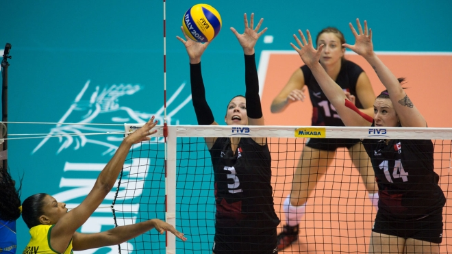 Brittany Page (left) and Lucille Charuk (Volleyball Canada)