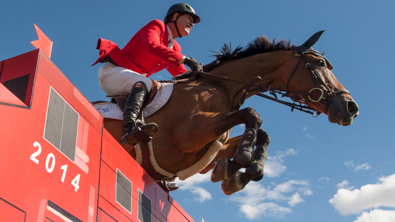 Ian Miller and Dixson (Equine Canada).