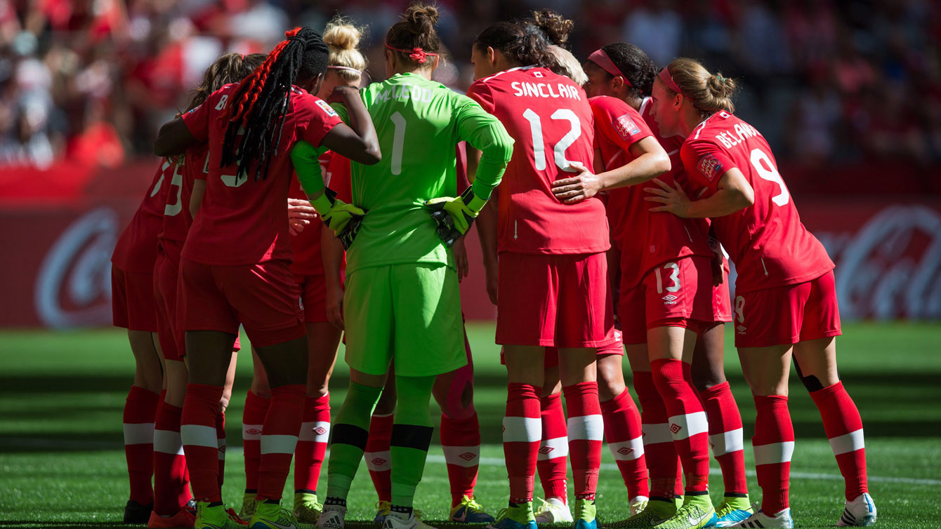 Christine Sinclair assembles the team after Canada went down 2-0 to England at the FIFA Women's World Cup quarterfinals on June 27, 2015.