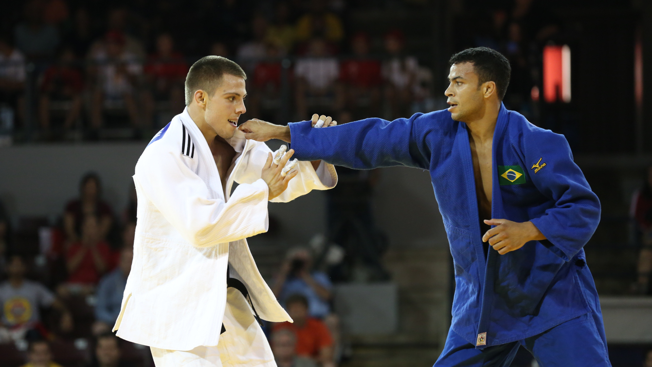 Arthur Margelidon (left) on his way to winning judo bronze at the Pan Am Games on July 12, 2015.
