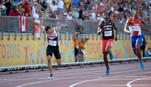 Andre De Grasse sprinting