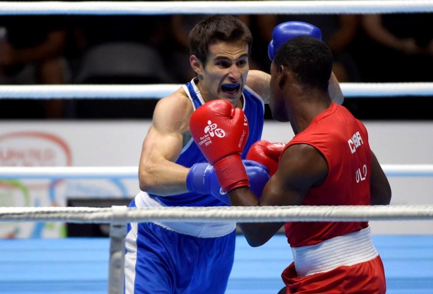 Arthur Biyarslano fighting