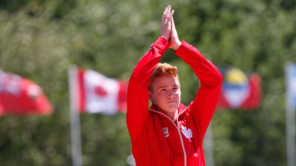 Barber breaks Canadian pole vault record four days after TO2015 gold