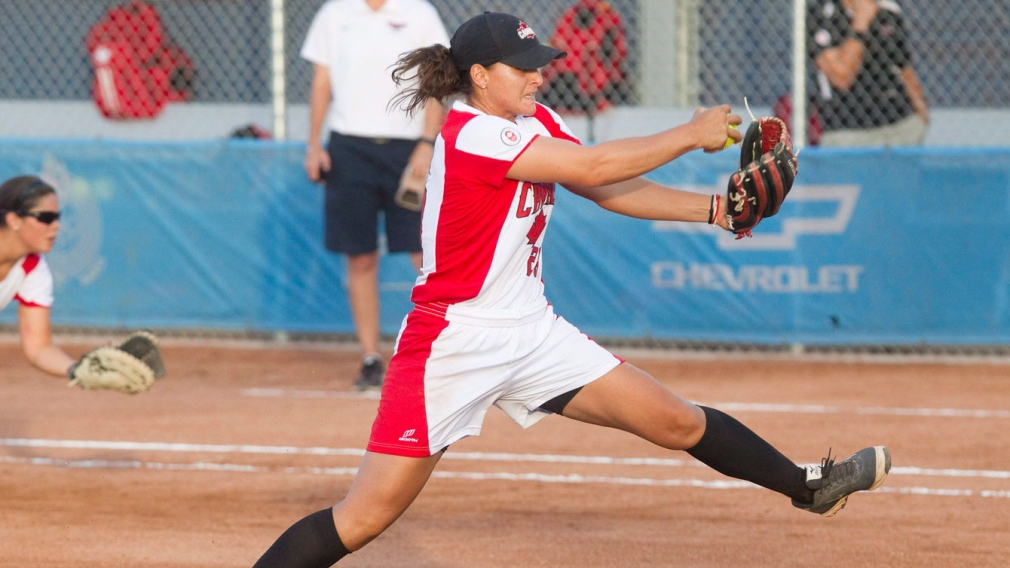 Jenna Caira, throws against the USA