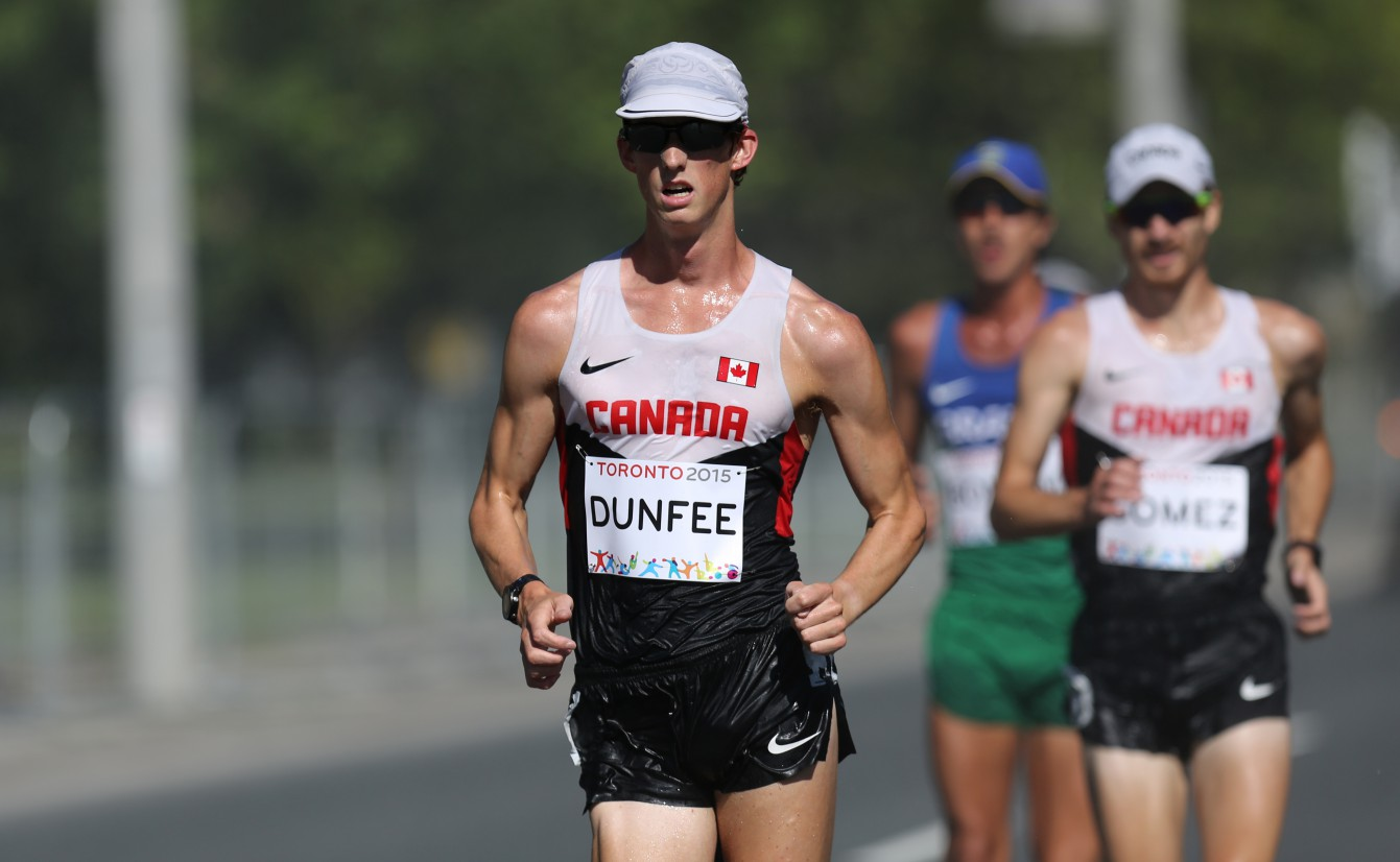 Evan Dunfee paces ahead of the pack at the Pan Am Games men's race walk on July 19, 2015.