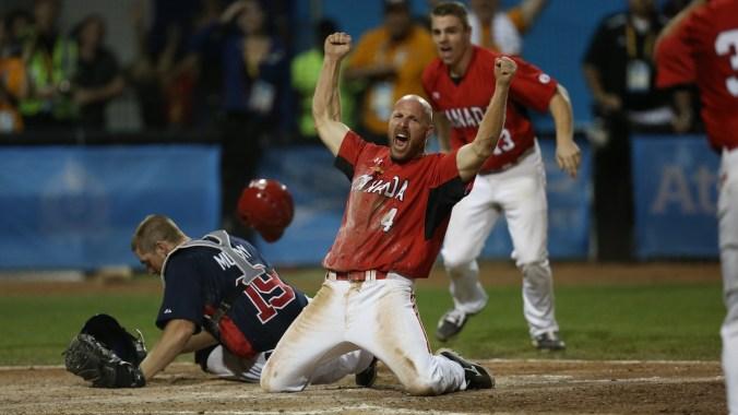 Canada wins gold in Men's Baseball