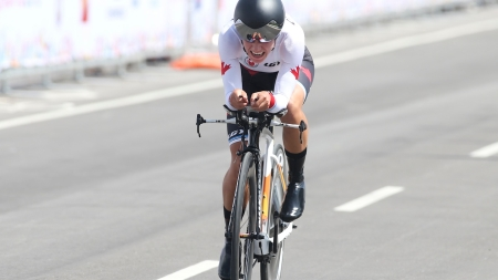 Jasmin Glaesser during her silver-medal winning ride in the women's TO2015 time trial.