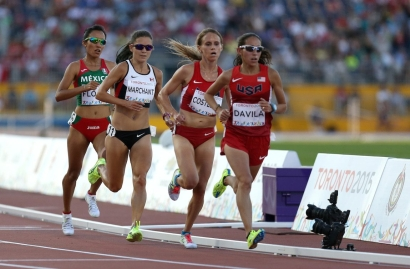 Brenda Flores, Lanni Marchant, Liz Costello and Desiree Davila during a race
