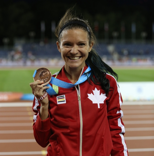 Lanni Marchant poses with her medal