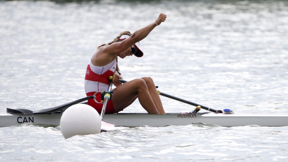 Triple gold day for Canadian rowers at Toronto 2015