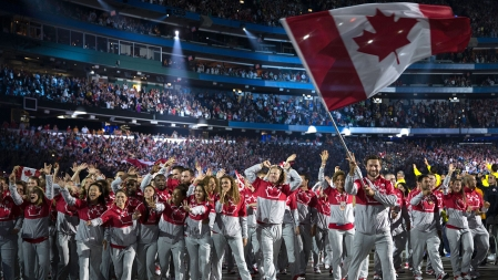 Mark Oldershaw leads Canada out to Pan Am Games Opening Ceremony at TO2015.