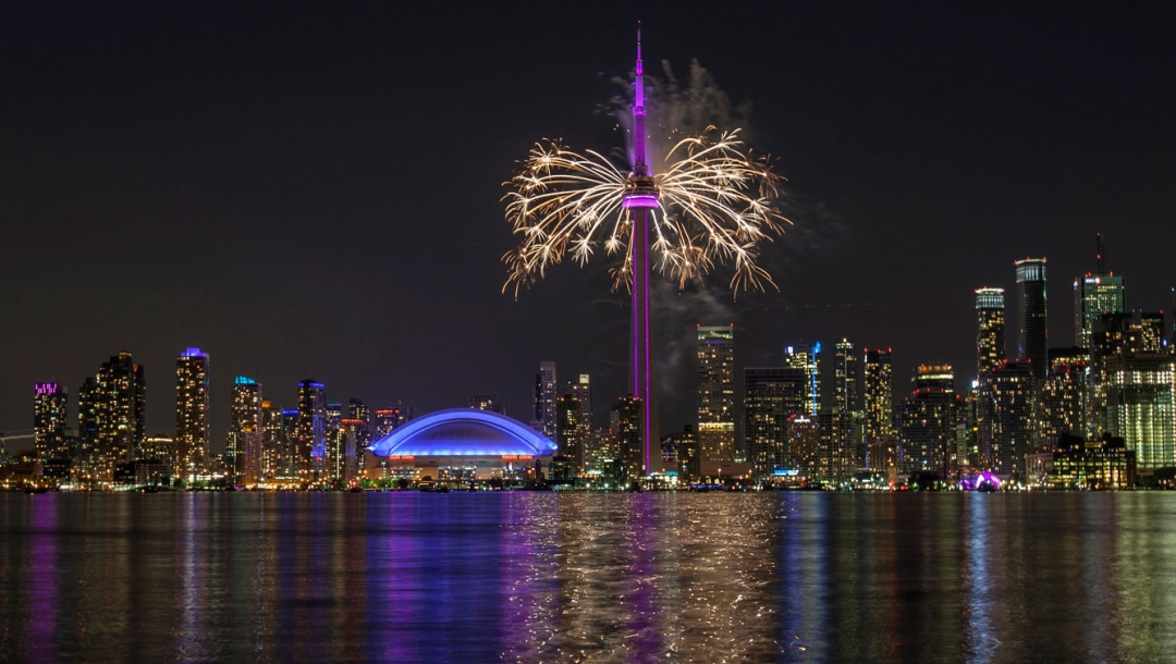 Pan Am Closing fireworks - TO2015