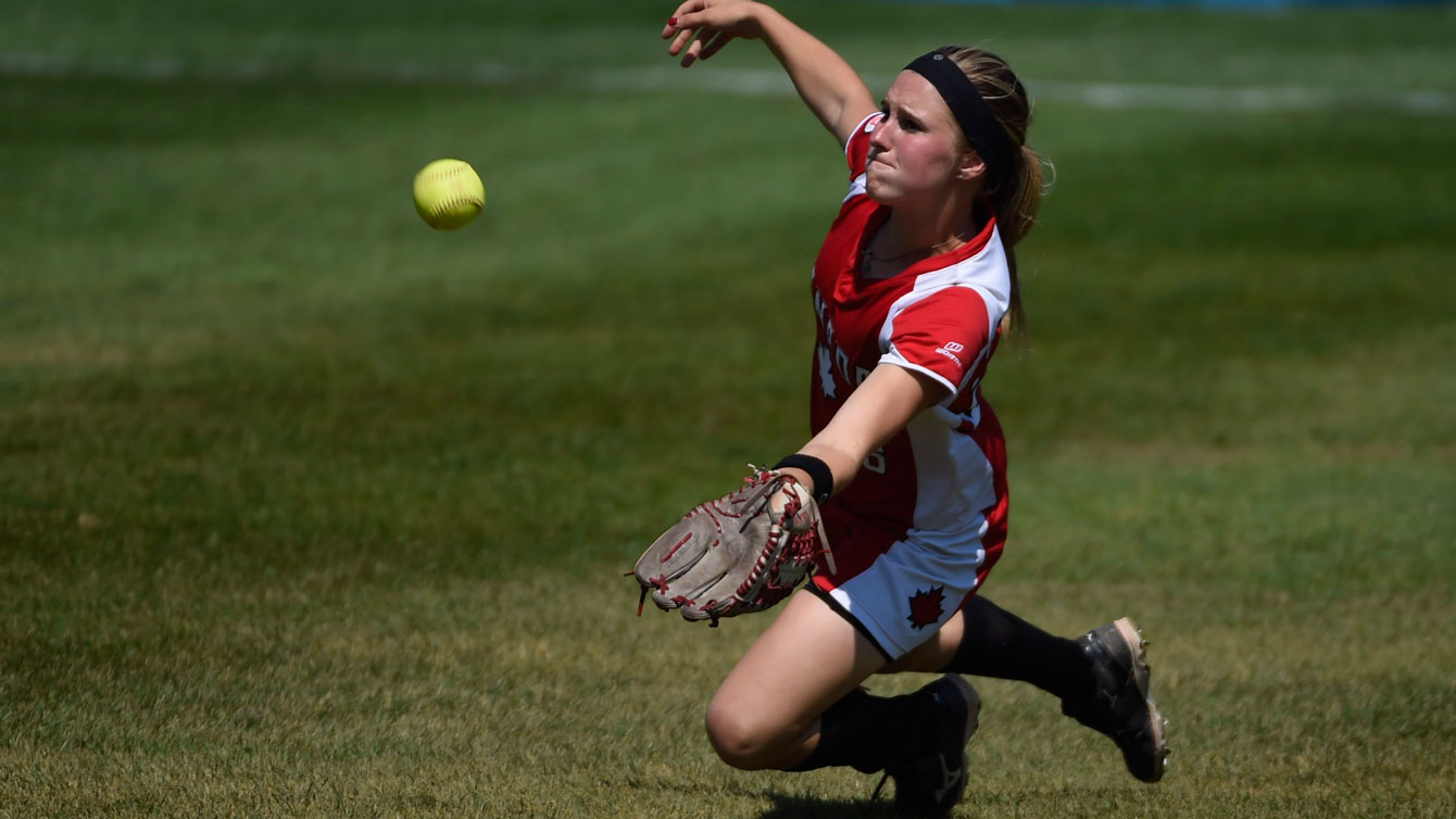 Sara Groenewegen pitched a complete game to lead Canada to the TO2015 gold medal on Day 16.