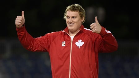 Tim Nedow celebrates silver in the men's shot put