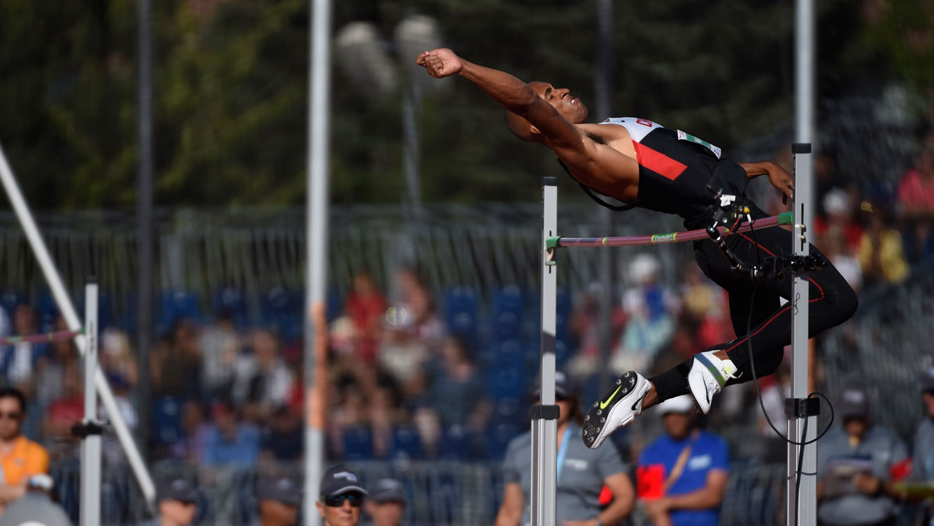 Damian Warner in the high jump at Toronto 2015. Competing as part of the decathlon, Warner cleared 1.97m on July 22, 2015.