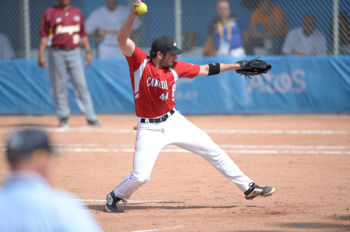 Sean Cleary pitched a complete game to secure the gold for Canada. (Photo: Winston Chow)