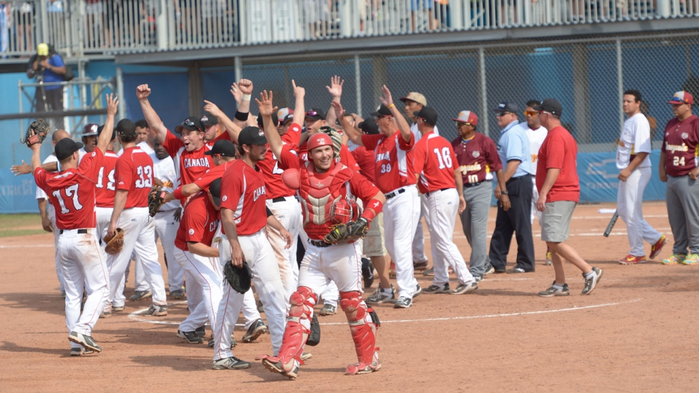 Canadian men hit their way to Pan Am softball gold
