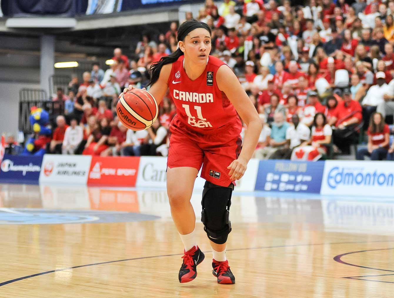 Natalie Achonwa played 18:17 in the game. (Photo: FIBA)