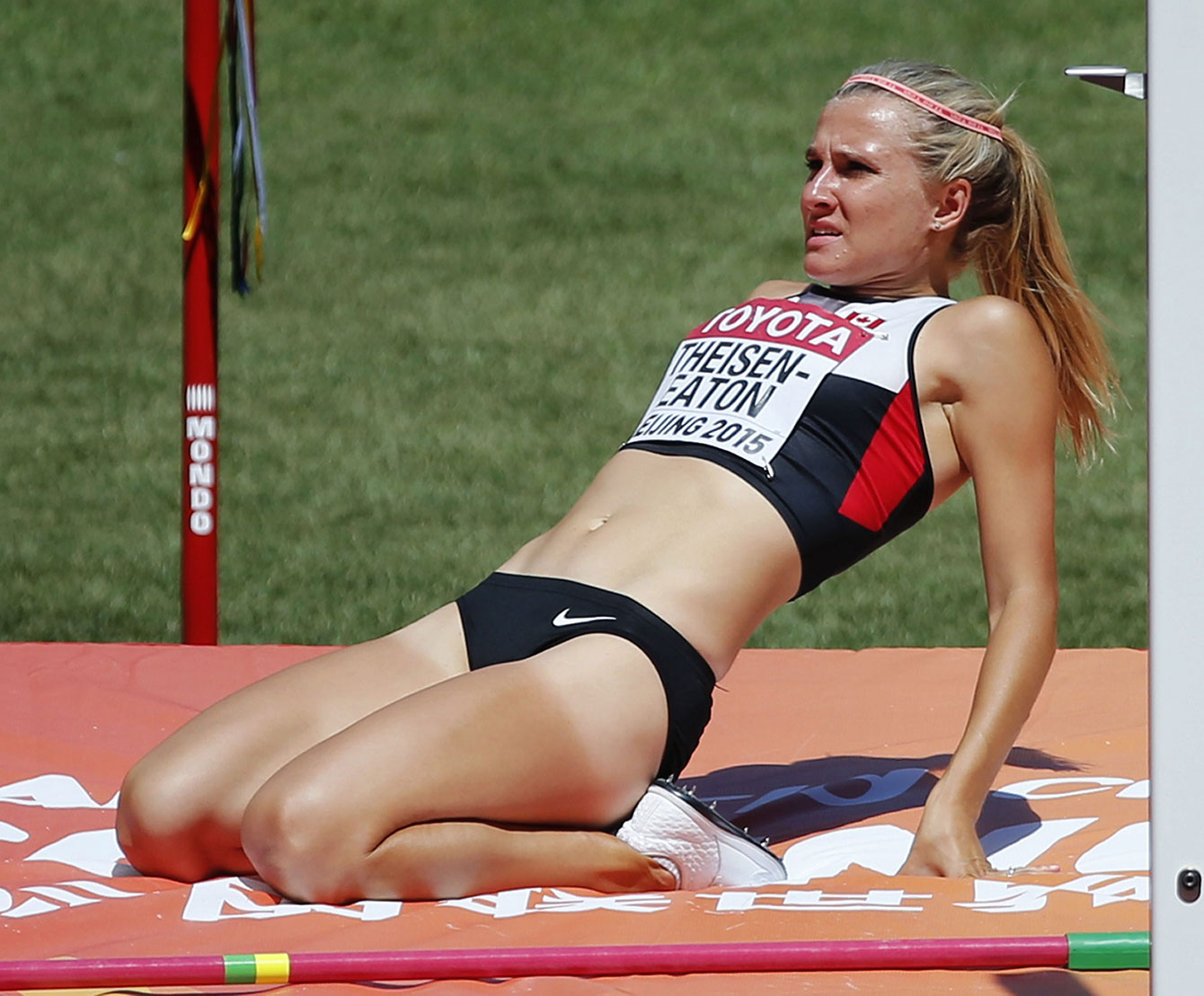 Brianne Theisen-Eaton reacts after failing to clear the 1.83m high jump bar in the heptathlon at the IAAF World Championships in Athletics in Beijing on August 22, 2015.