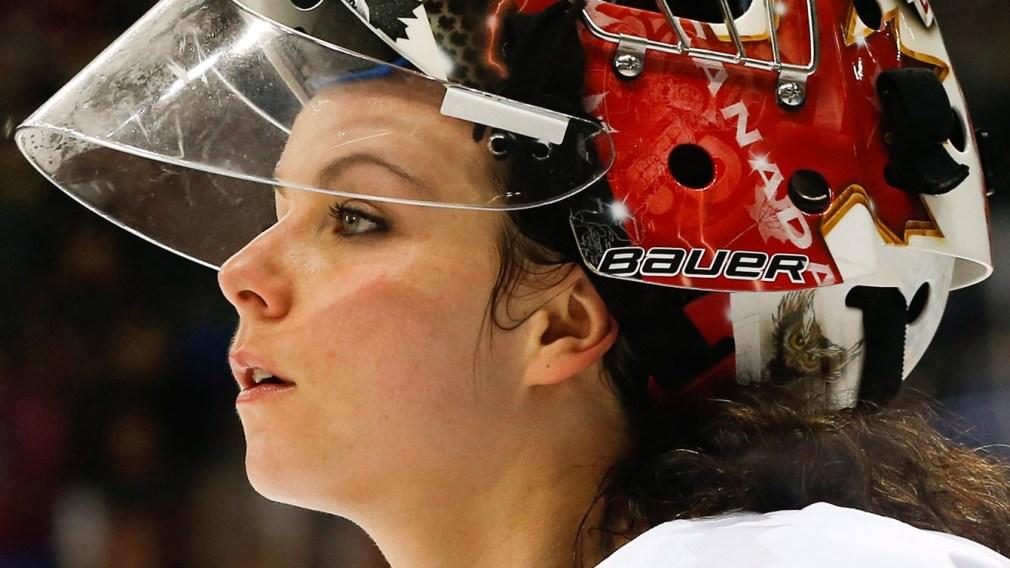 Shannon Szabados hopeful for ECHL shot as she returns to pro hockey