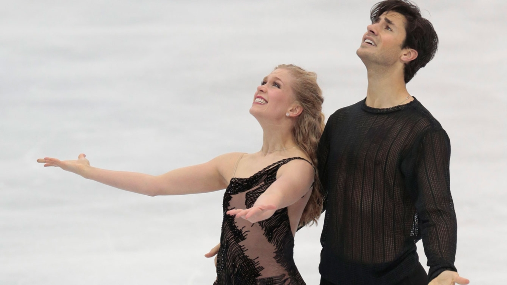 Weaver and Poje win Grand Prix ice dance title in Moscow