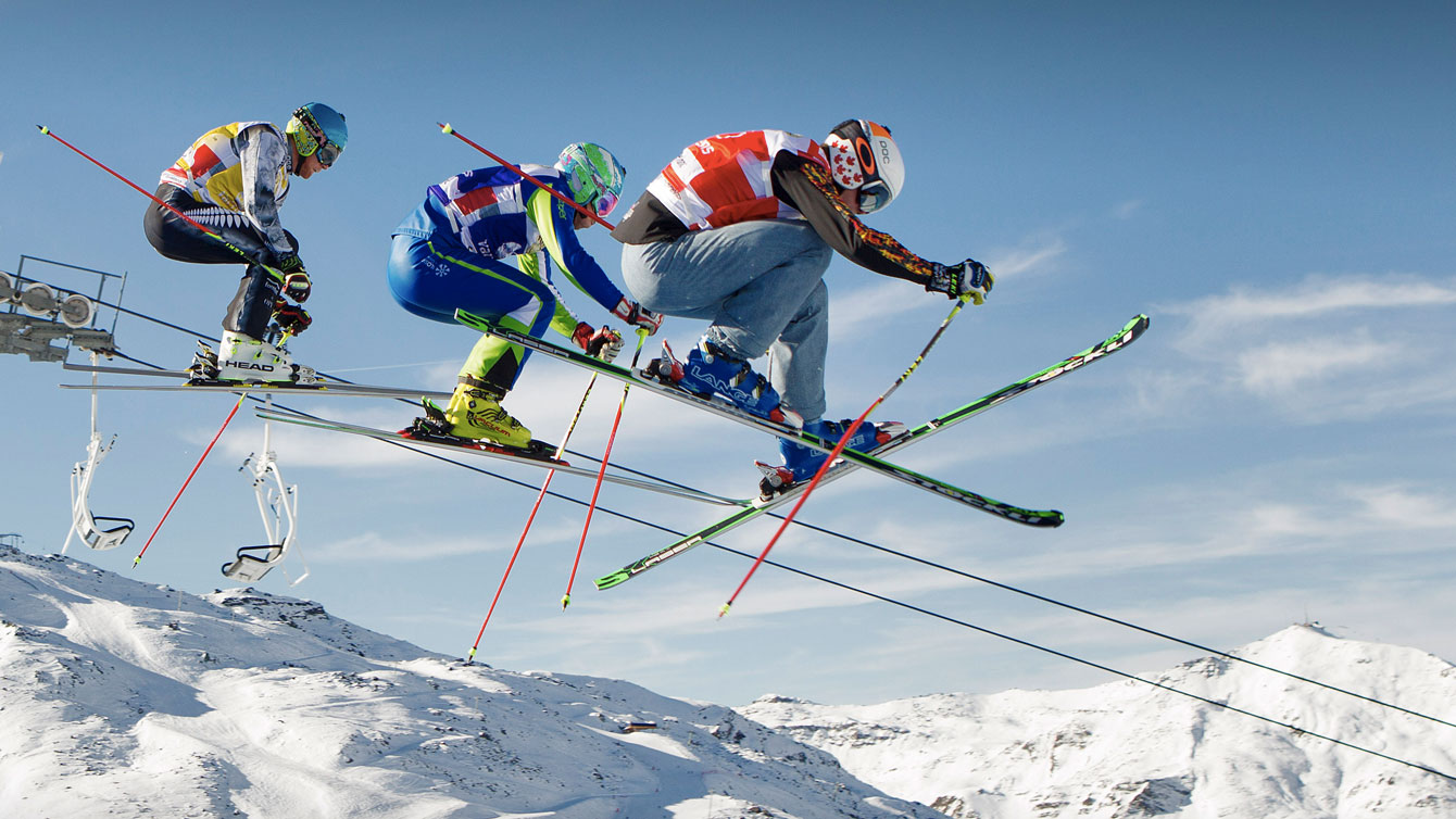 Chris Del Bosco (right) flies through the air in Val Thorens France, on December 11, 2015 (Photo: GEPA Pictures for FIS).