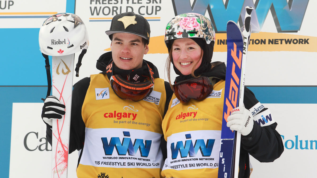 Mikael Kingsbury (left) and Chloe Dufour-Lapointe were the winners of FIS World Cup moguls event in Calgary on January 30, 2016 (Mike Ridewood/CFSA).