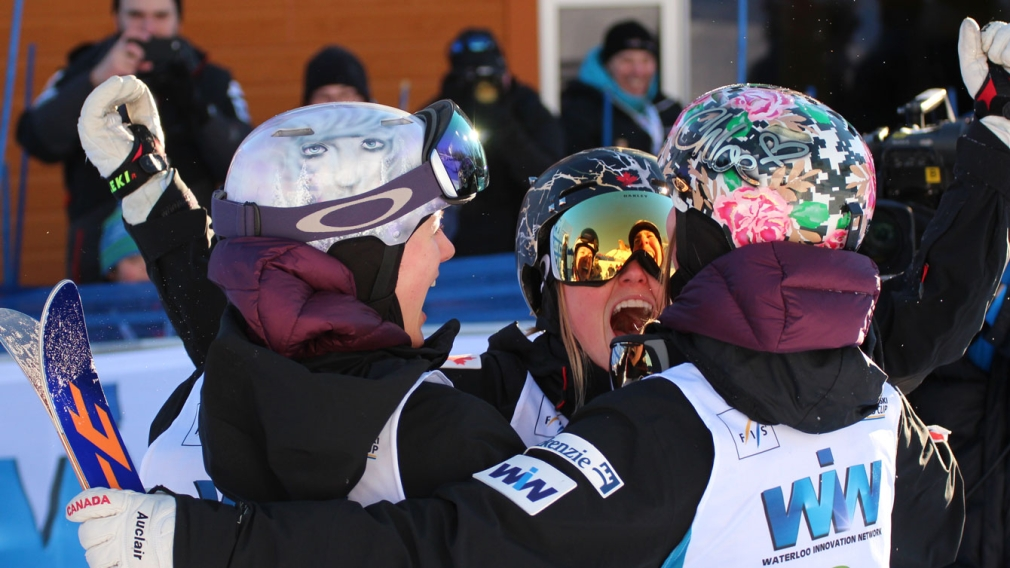 Sisters sweep the podium, Kingsbury rules at Quebec World Cup
