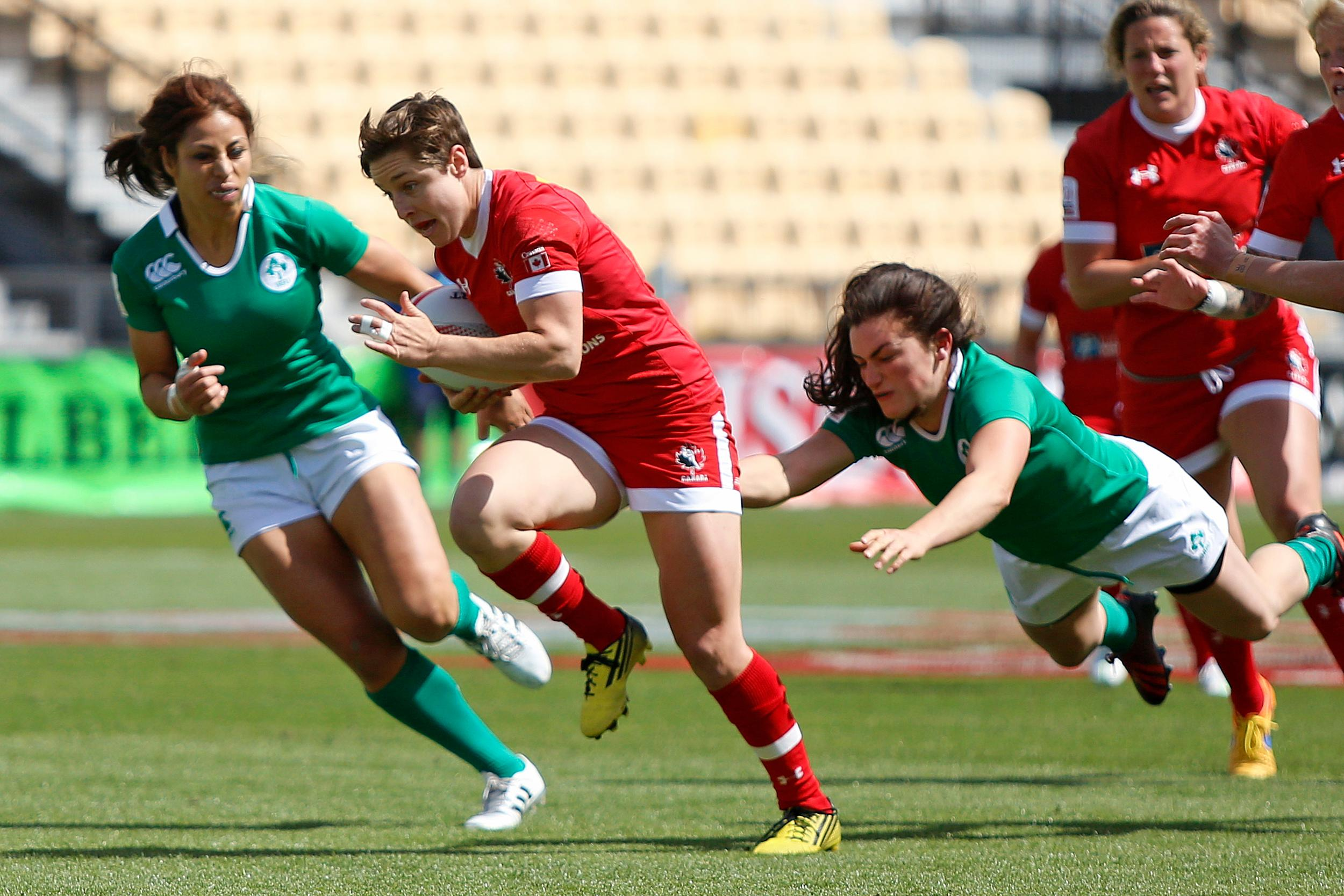 Ghislaine Landry breaks away from a tackle at Atlanta 7s (Photo: Mike Lee @ KLC Fotos).