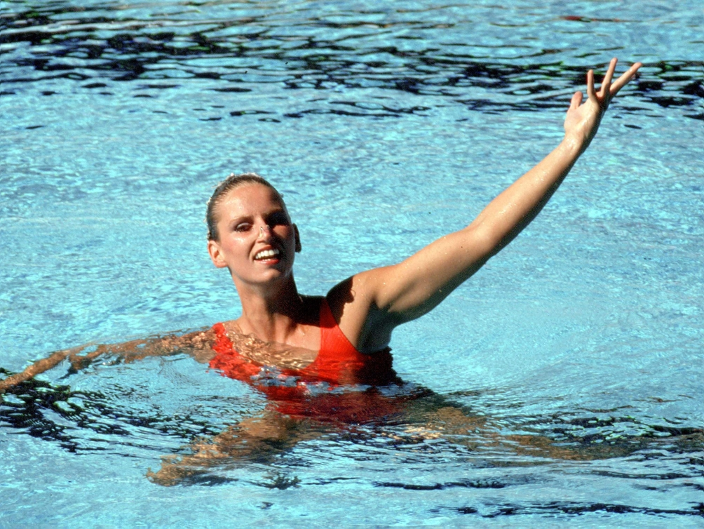 Canada's Carolyn Waldo competes in the synchronized swimming event at the 1984 Los Angeles Olympic Games. (CP Photo/ COC/ Tim O'lett) Carolyn Waldo du Canada participe en nage synchronisée aux Jeux olympiques de Los Angeles 1984. (Photo PC/AOC)